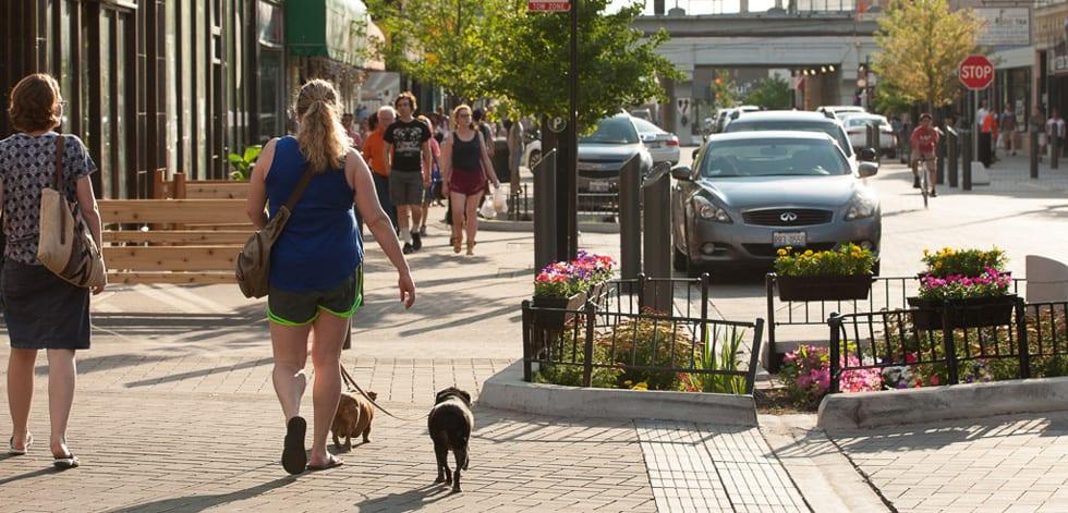 chicago-argyle-shared-street-streetscape-people-planter-bioswale-landscape-architecture-site-design-group